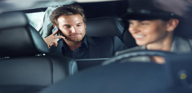 Affordable dependable Houston car service / Limo taxis
